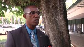 Kalme reactie minister Edward Belfort op aantijgingen...