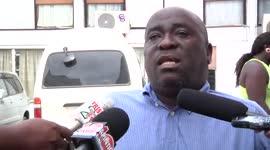 Ontevreden groep on- en min vermogen kaarthouders dienen petitie aan minister Alice Amafo...