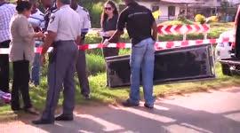 Bewaker autohandelszaak dood langs de weg gevonden...