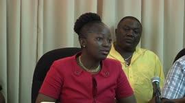 Minister Amafo spreek onteigelijk gebruik AOV en AKB gelden tegen...