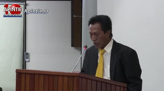 Financiën Minister één van schuldige van deze crisis zegt Somohardjo...