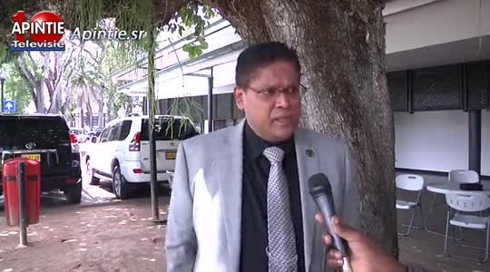 Minister van Dijk-Silos (JusPol) moet minder praten en meer doen zegt oud-minister Sanokhi...
