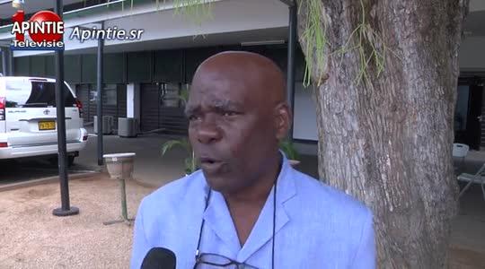 IMF moet Suriname geld geven als terugbetaling 500 jaar kolonialisme vind Ronald Hooghart...